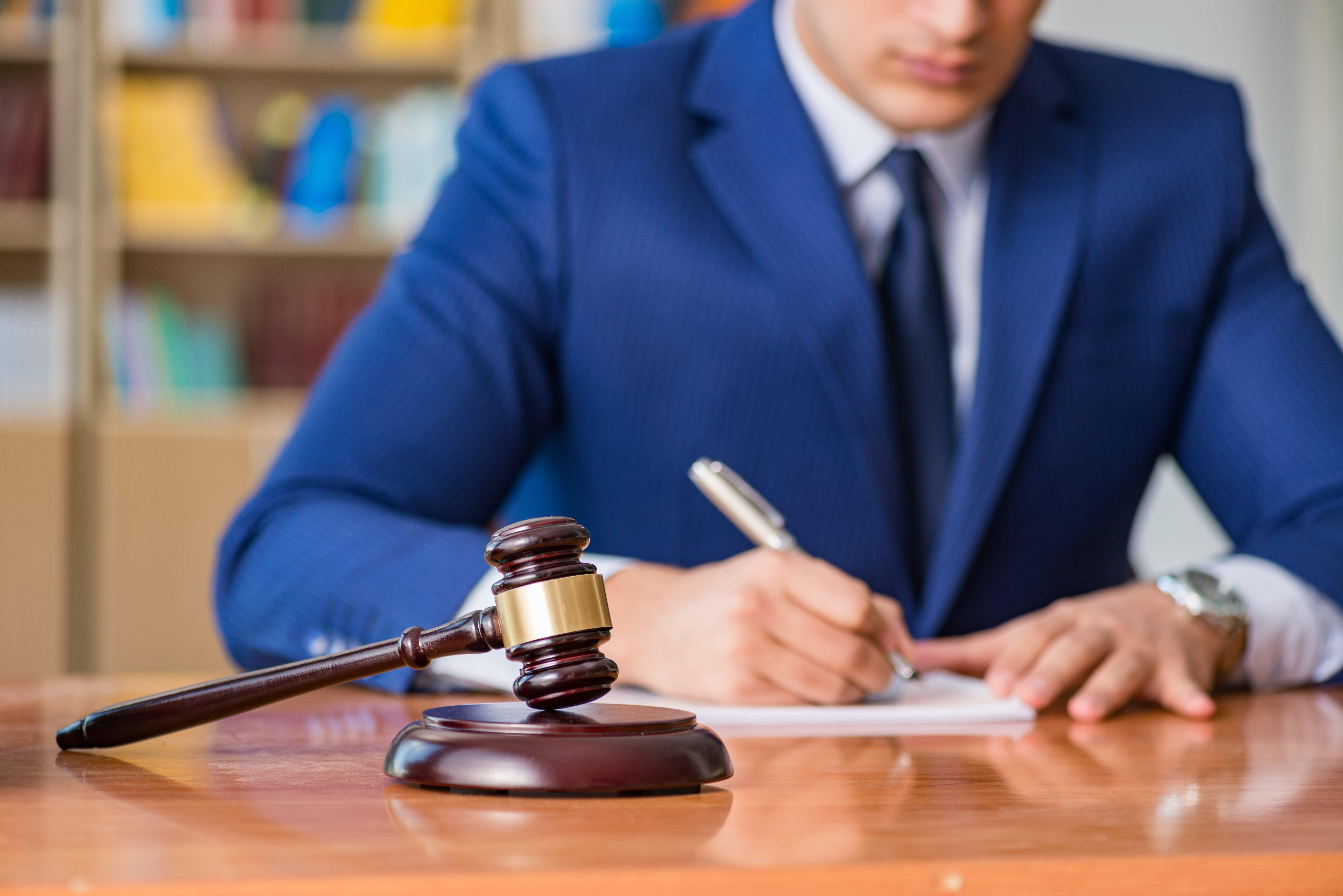 Утвержден порядок осуществления защиты профессиональных прав адвокатов